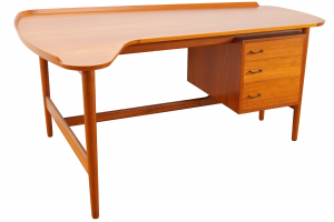 Model BO85 Desk Arne Vodder for Bovirke