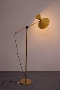 Diabolo Floor Light